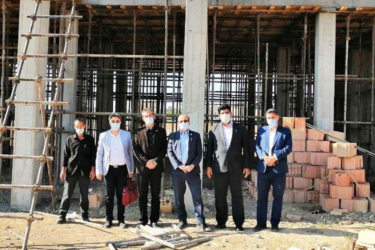 حضور دکتر سعادت در منطقه محروم سعید آباد نسیم شهر (مهرماه1399)