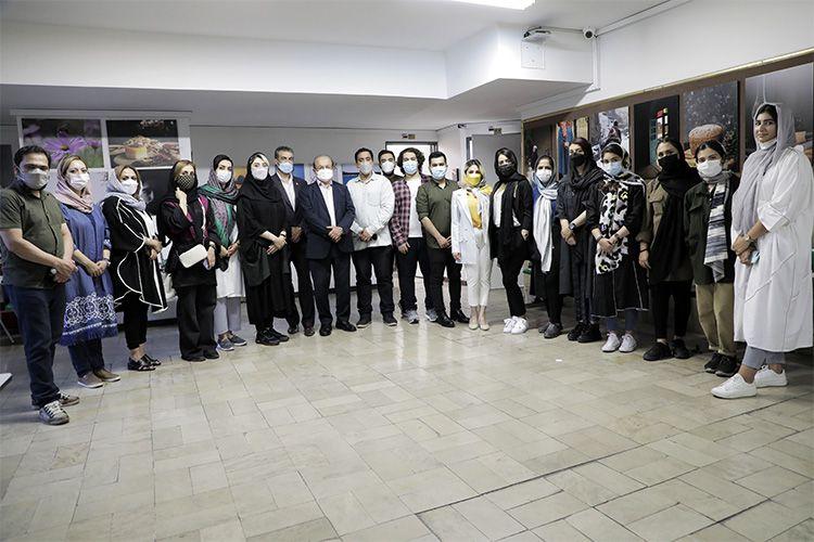 نمایشگاه آثار هنرجویان عکاسی مجتمع فنی تهران با حضور دکتر سعادت